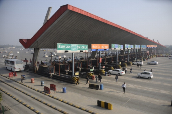Gadkari's Ministry Moves A  Step Closer Towards Tolling Without Toll Plazas