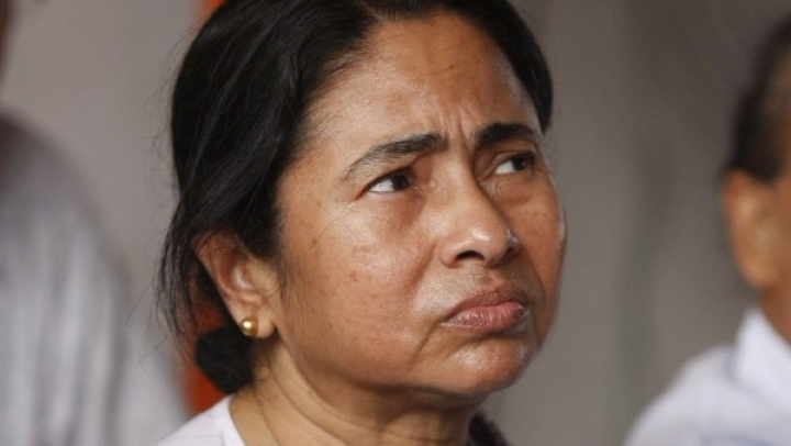 Why Modi Should Call Banerjee's Bluff By Offering Her  Air India For Just Re 1
