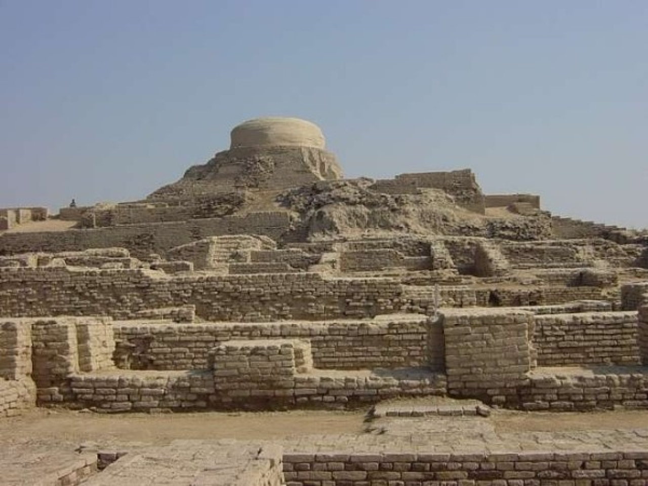 Archaeological ruins at Mohenjo-daro, one of the largest settlements of the Indus Valley civilisation. (UNESCO/Wikipedia)