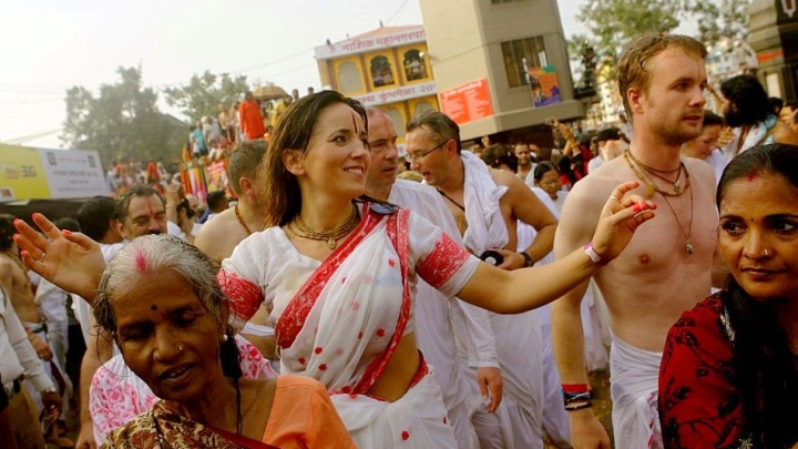Here's Your Chance To Help The UP Government Professionally Manage The Kumbh Mela And Get Paid For It Too