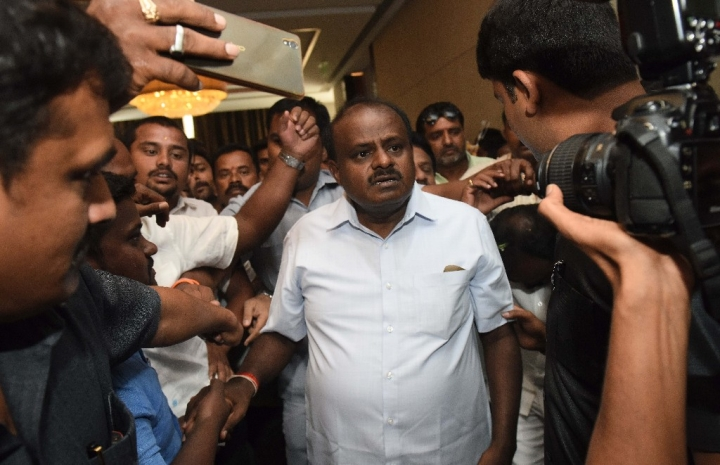 Morning Brief: Kumaraswamy Set To Face Floor Test; Thoothukudi Police Firing Toll Hits 13; Trump Calls Off North Korea Summit