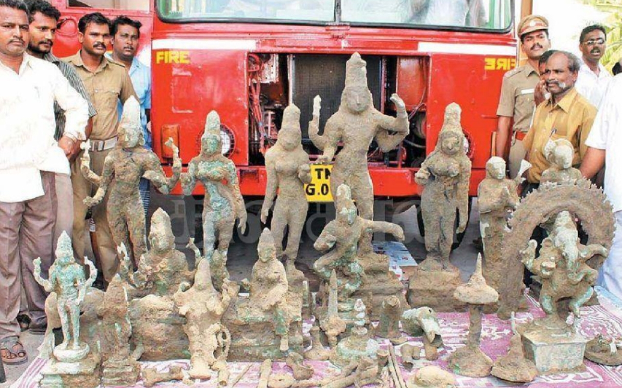 A few years back <i>vigrahas or</i> sacred idols, accidentally excavated near Vellankanni. During invasions Hindus secured their deities and underwent torture but never revealed where they were hidden. Hindus have a right and duty to honour the sacrifices of their ancestors.