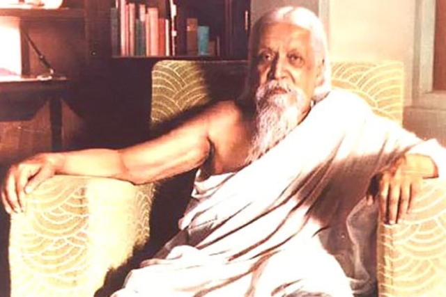The Mother And The Revolutionary –  The Story Of Sri Aurobindo And Integral Yoga