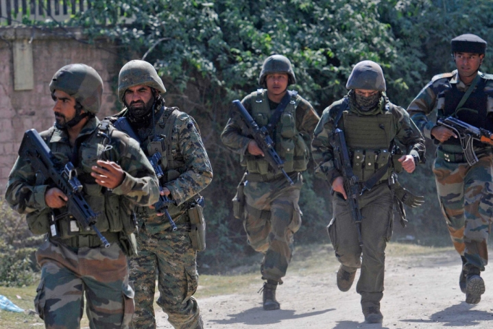 J&K: Three Terrorists Killed In An Encounter With Security Forces In Pulwama, One Jawan Martyred