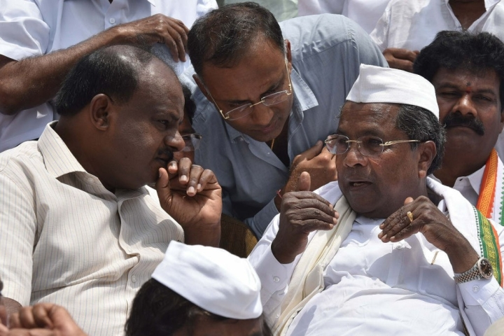 JD(S)-Congress Government In Karnataka Teetering On The Brink Of Collapse As Over 10 MLAs Rebel
