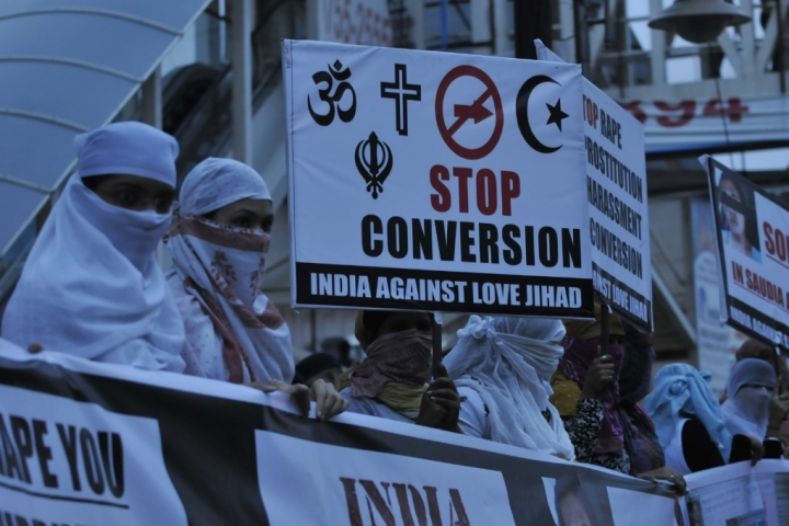 Sikhs, Hindus Unite In Protest Against Persecution, Forced Conversion of Minor Hindu Girls In Pakistan