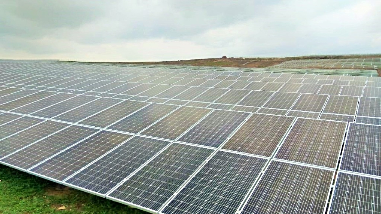 India's Solar Power Generation Creates Milestone As It Touches 11.3 TWh In January-March 2019 Quarter
