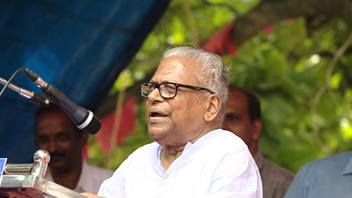 Now Communist  Leader And Former CM V S Achuthananthan Slams Kerala Government For Policy Lapse Leading to Floods