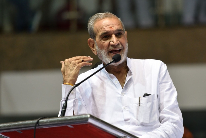 1984 Riot Accused Sajjan Kumar Leads Congress's Bharat Bandh In Delhi