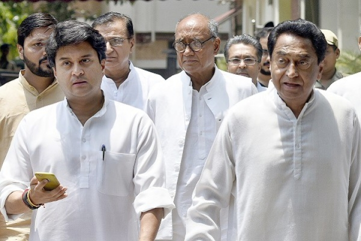 Madhya Pradesh: Jyotiraditya Scindia Backs Minister Who Accused Digvijaya Singh Of Running Proxy Government