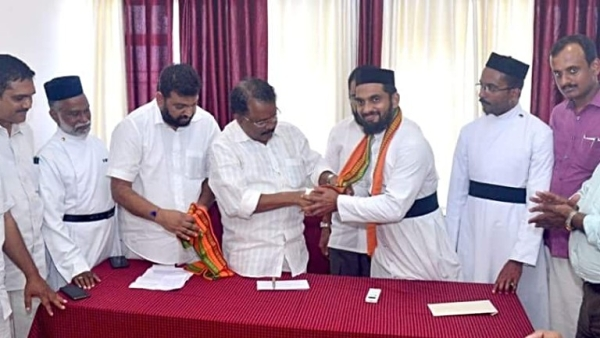 Charmed By Gujarat BJP, Two Kerala Christian Priests Join Party, Say Hundreds More In Line