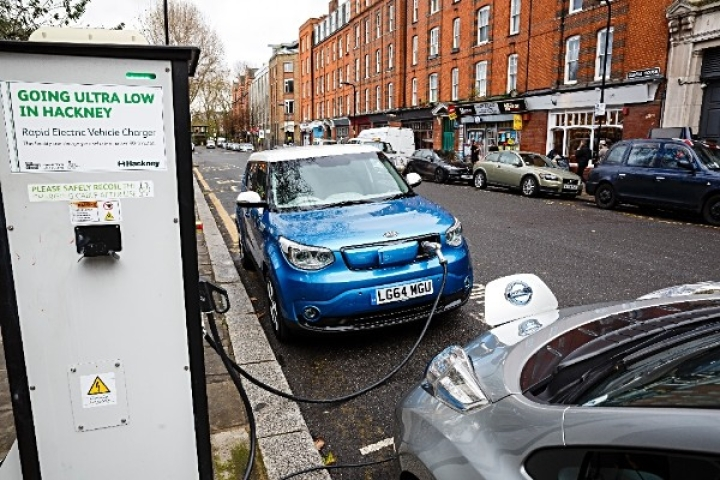 Incentives Announced For Electric Vehicle Buyers As India Pushes Towards 15 Per Cent Target