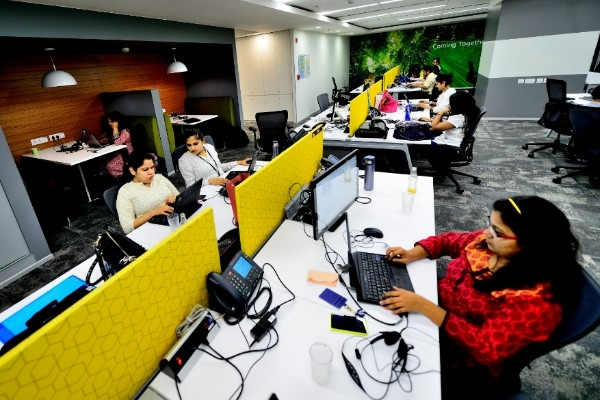 Indians Most Hard Working In World: Happy With 5-Day Week, Says Study