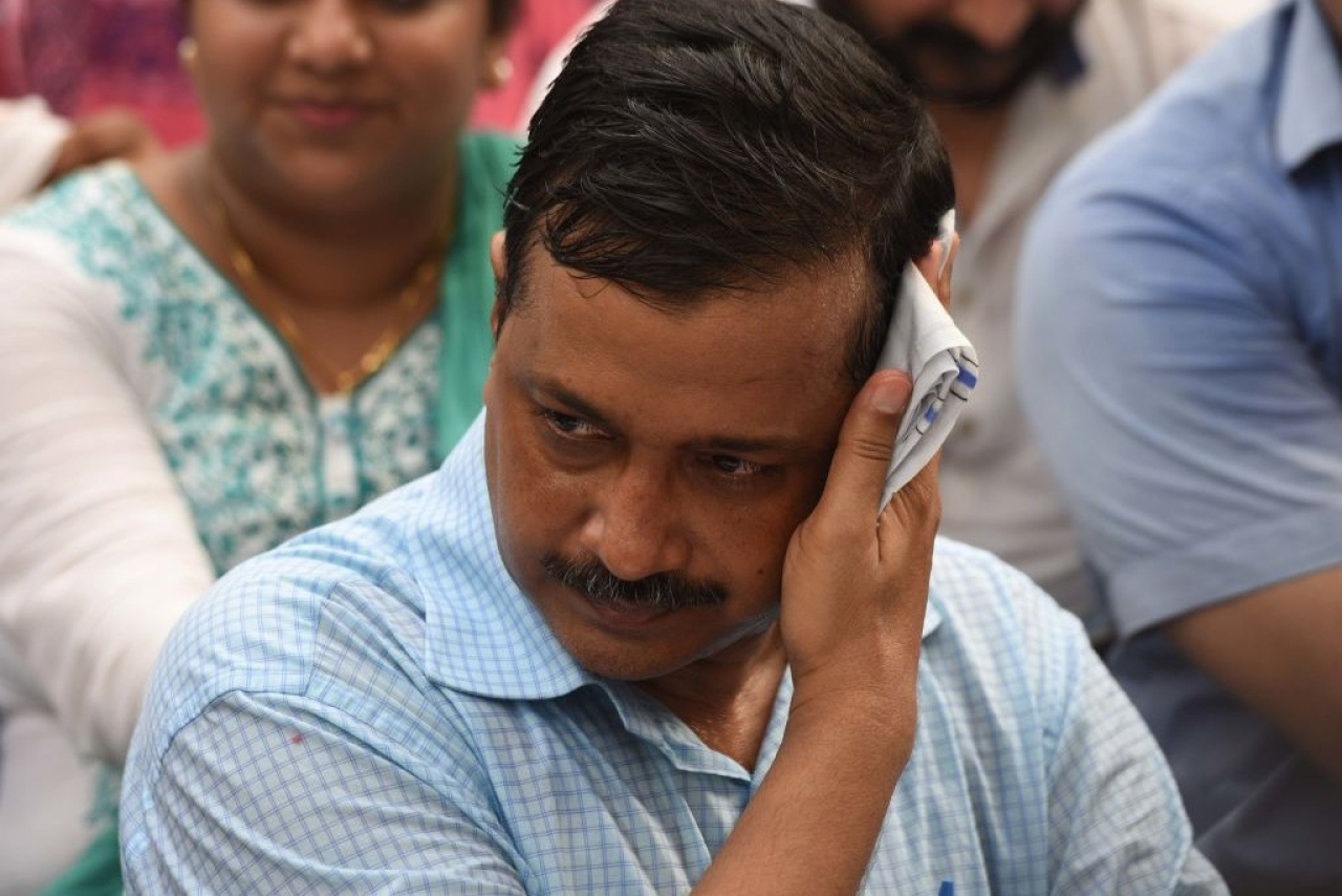Arvind Kejriwal Beaten Up By AAP MLAs At His Residence Alleges Rebel Party Leader