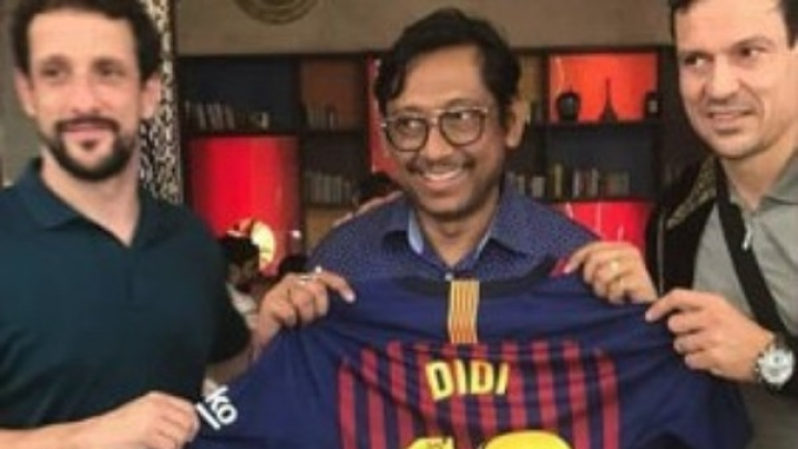 'Didi Number 10': Lionel Messi Gifts Jersey To Mamta Banerjee