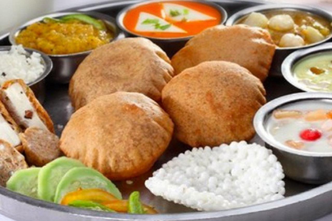 IRCTC Comes Through For Navaratri Devotees: Announces Special 'Vrat Ka Khana' During The Festival