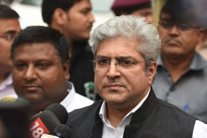 AAP Transport Minister Kailash Gahlot's Premises Raided By I-T; Rs 35 Lakh, Benami Property Documents Seized