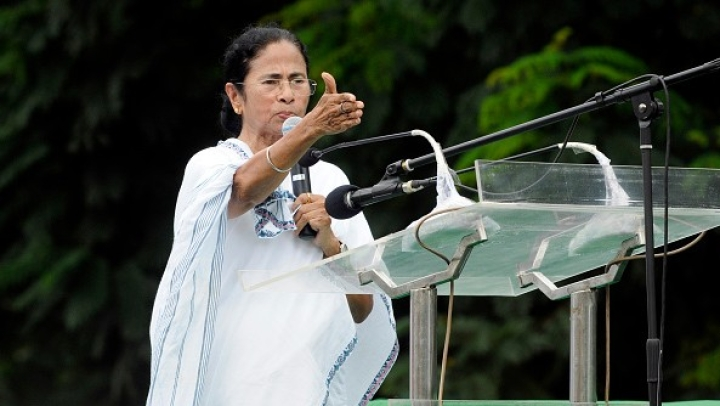 'Something Serious Going On': SC On Alleged Harassment Of Custom Officials For Checking Mamata's Nephew's Wife Luggage