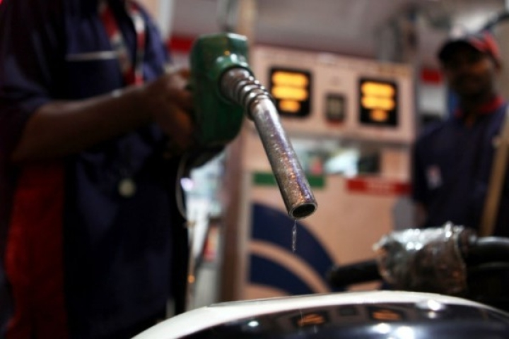 Government To Relax Norms For Starting New Petroleum Outlets
