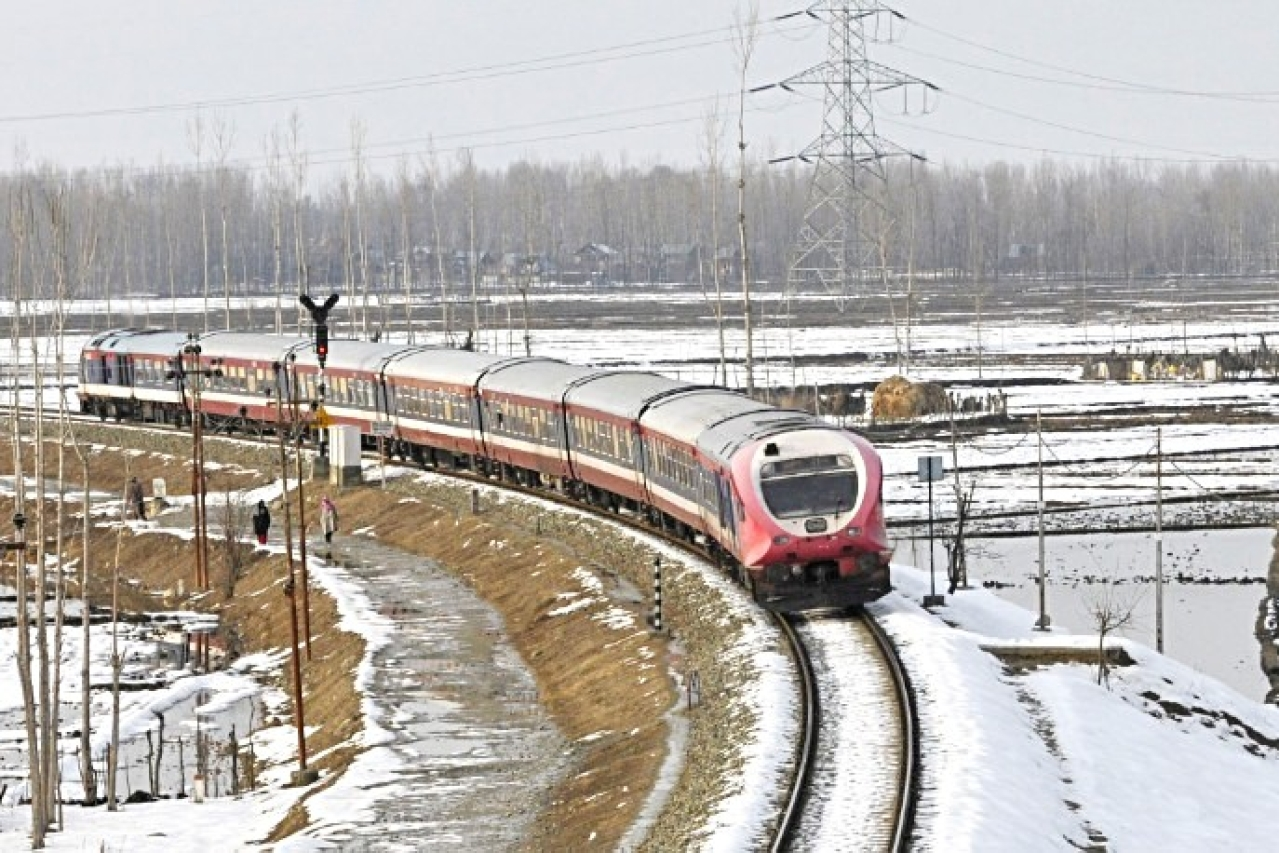 Indian Railways Seeks Centre Funding For Strategically Important Bilaspur-Manali-Leh Line Along China Border