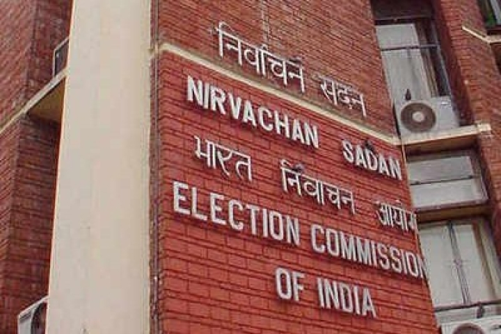 Lok Sabha Polls 2019: EC Summons Twitter, FB, WhatsApp; Warns Against Platform Misuse, Demands Accountability