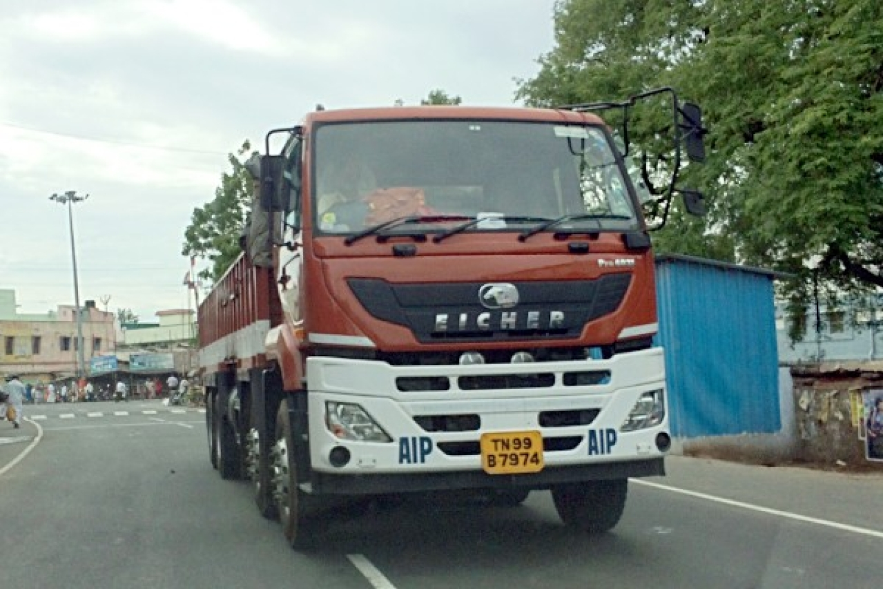 Mp S Make In India Victory Volvo Eicher To Set Up Rs 400 Crore