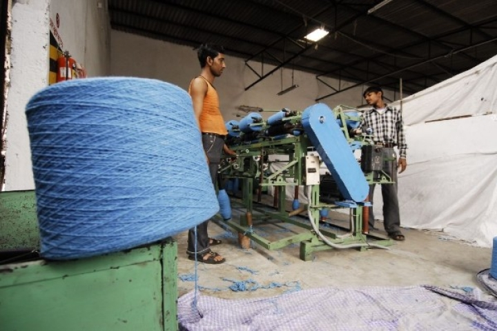 A Matter Of Thread And Butter: Exodus Of Migrants From Gujarat May Affect State's Textile Output By 10-15 Per Cent