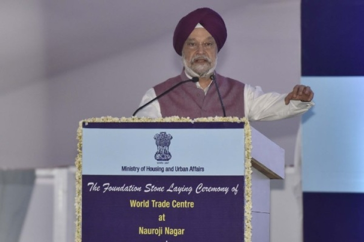Hardeep Singh Puri Slams Delhi CM Kejriwal For Announcing Free Rides For Women Without Making Any Proposal