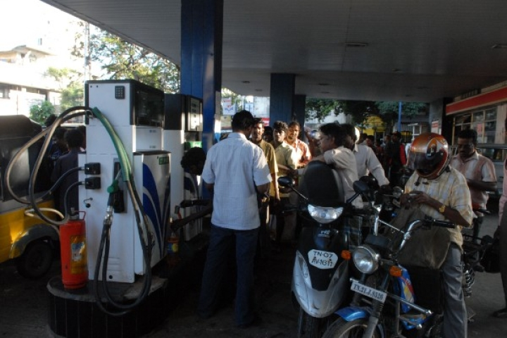 Why Tamil Nadu Doesn't Want To Take Any Initiative In Slashing Fuel Prices