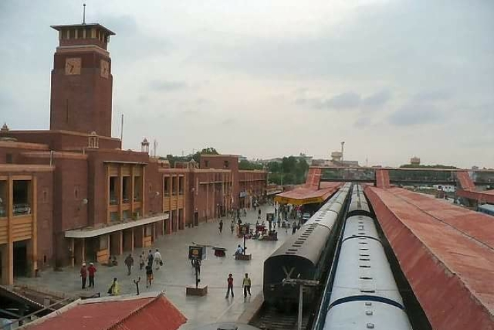 In Pictures: India's Cleanest Station Jodhpur Painted In Vivid Traditional Themes