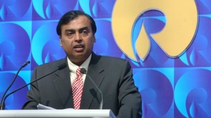 Reliance Jio  GigaFiber Plans May Start As Low As Rs 500; Expected To Be Launched On 12 August