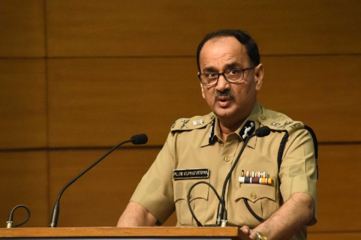 Drama Over CBI Chief Alok Verma Continues: Four Men Caught 'Snooping' Outside His Delhi House
