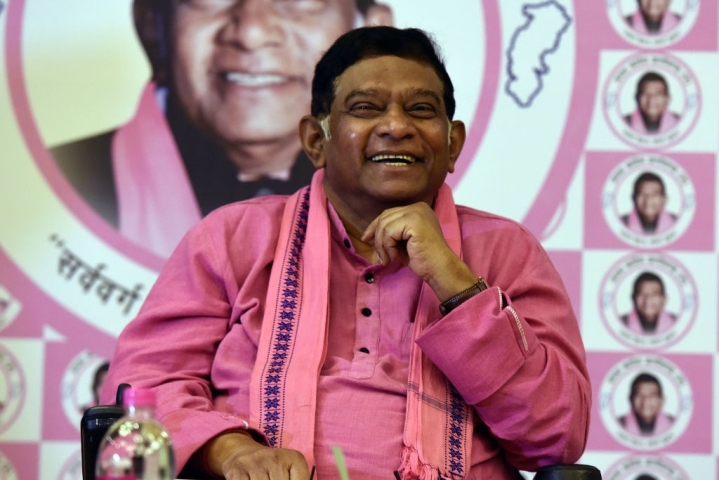Chhattisgarh: Former CM Ajit Jogi Praises PM Narendra Modi For Clean India, Rural Housing And Global Leadership