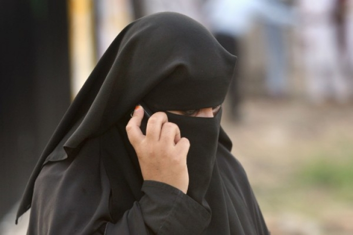 Cellular Talaq: Saudi Based Man Gives Instant Divorce To Uttar Pradesh Wife Over Phone