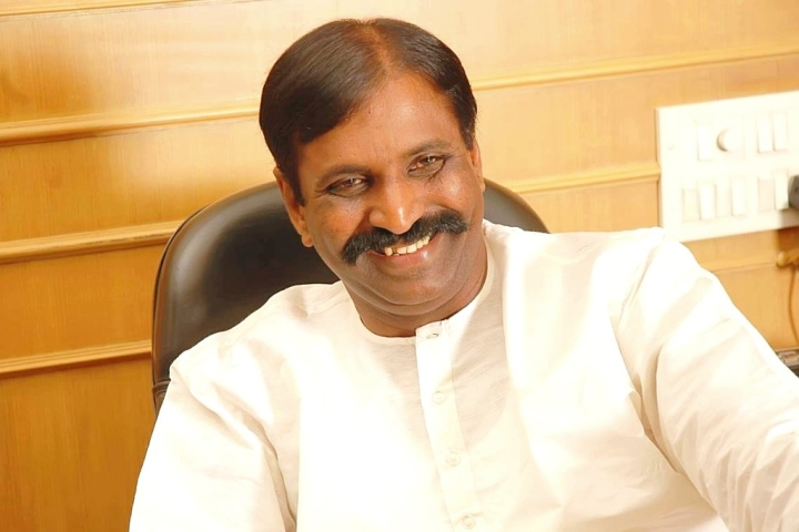 Woman Alleges Sexual Abuse By Tamil Lyricist Vairamuthu, Who Called The Tamil Saint Aandal A 'Devadasi'