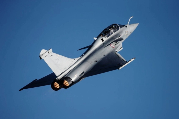 French Ambassador Rubbishes Fake News Of Pakistani Pilots Being Trained To Fly Qatari Rafale Jets