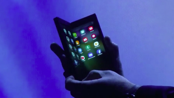 'No Matter What': Samsung To Launch Foldable Smartphones In 2019, 1 Million Devices To Be Manufactured