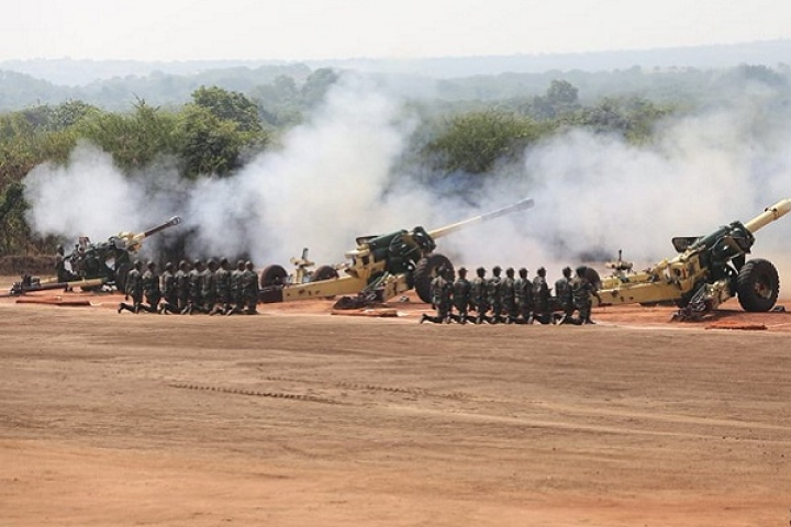 Watch: Long Wait Is Finally Over, Indian Army's Brand New M777, K9 Artillery Roars Into Action