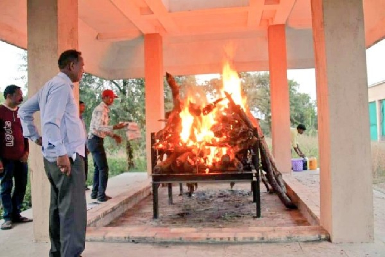 Avni being cremated (Image source: Twitter/@VeganRam)