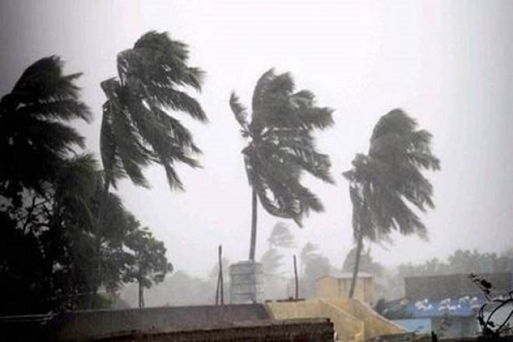 Cyclone Gaja: Red Alert In Tamil Nadu And Puducherry As Severe Storm Set To Hit Coast Between Karaikal, Cuddalore
