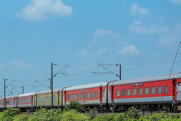 Indian Railways' Social Media Presence To Get Professional Makeover: Guidelines Released To Hire Public Relations Team