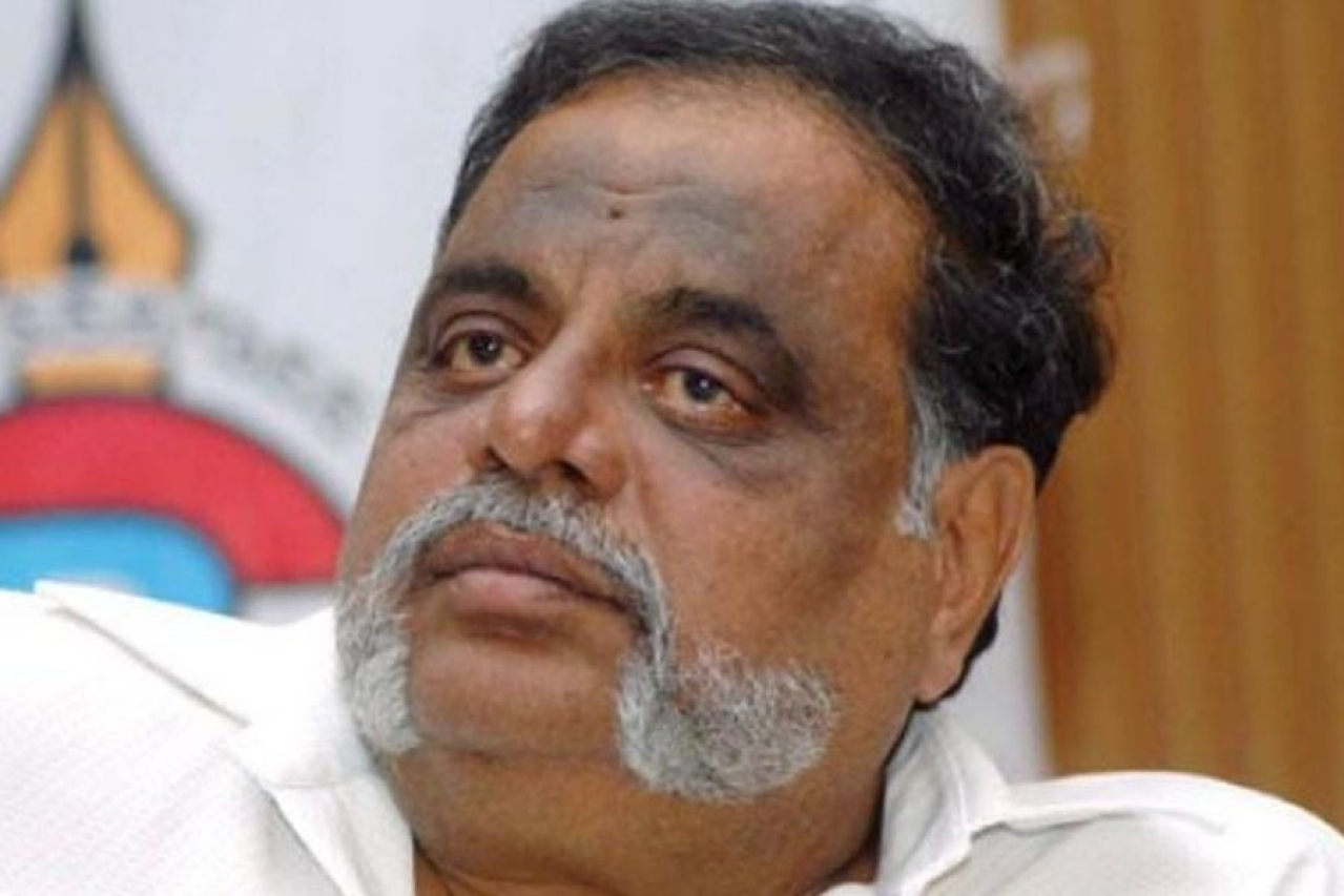 M H Ambareesh dies of a heart attack at the age of 66