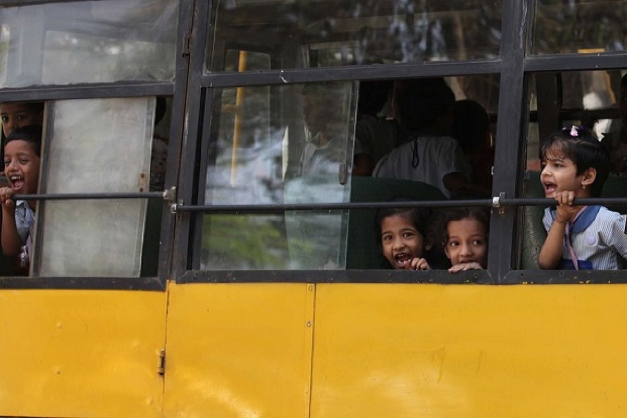 Himachal Acts For Student Safety: Bans School Buses Older Than 15 Years, Orders Tracking, Speed Limiting Devices