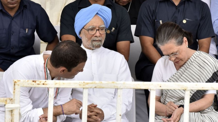 Manmohan Singh Blames P V Narasimha Rao For 1984 Anti-Sikh Riots; Accused Of Trying To Shield The Gandhis