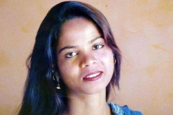 Months After Acquittal In Blasphemy Case, Asia Bibi Leaves Pakistan To Take Asylum In Canada