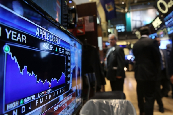 Tech Is Not Ticking: Wall Street Tumbles As Apple And Other Big Stocks Falter