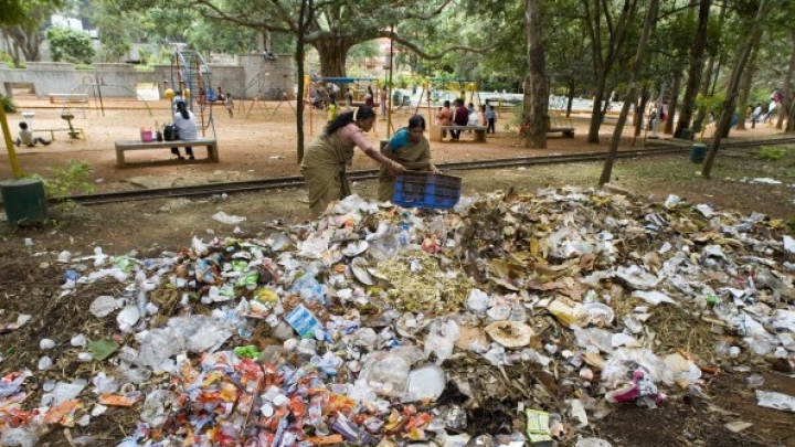 Think Twice Before You Litter In Bengaluru: BBMP Seeks Police Help To Curb Menace