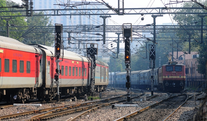 Trouble In Train? Just Dial 100; UP Becomes First State To Integrate Railway Police With Emergency Services