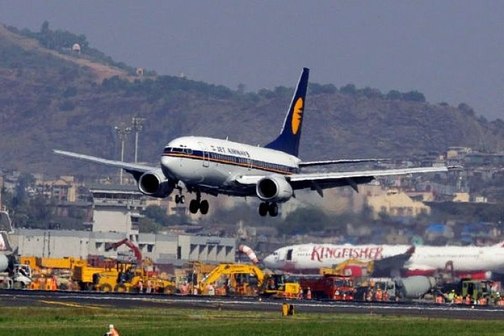 Trouble Mounts For Jet Airways: Aircraft Engineers Write To DGCA Alleging 'Flight Safety Risk'