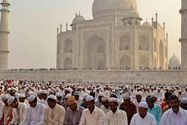 ASI Restricts Namaz In Taj Mahal Mosque To Friday; Only Residents Can Offer Prayers